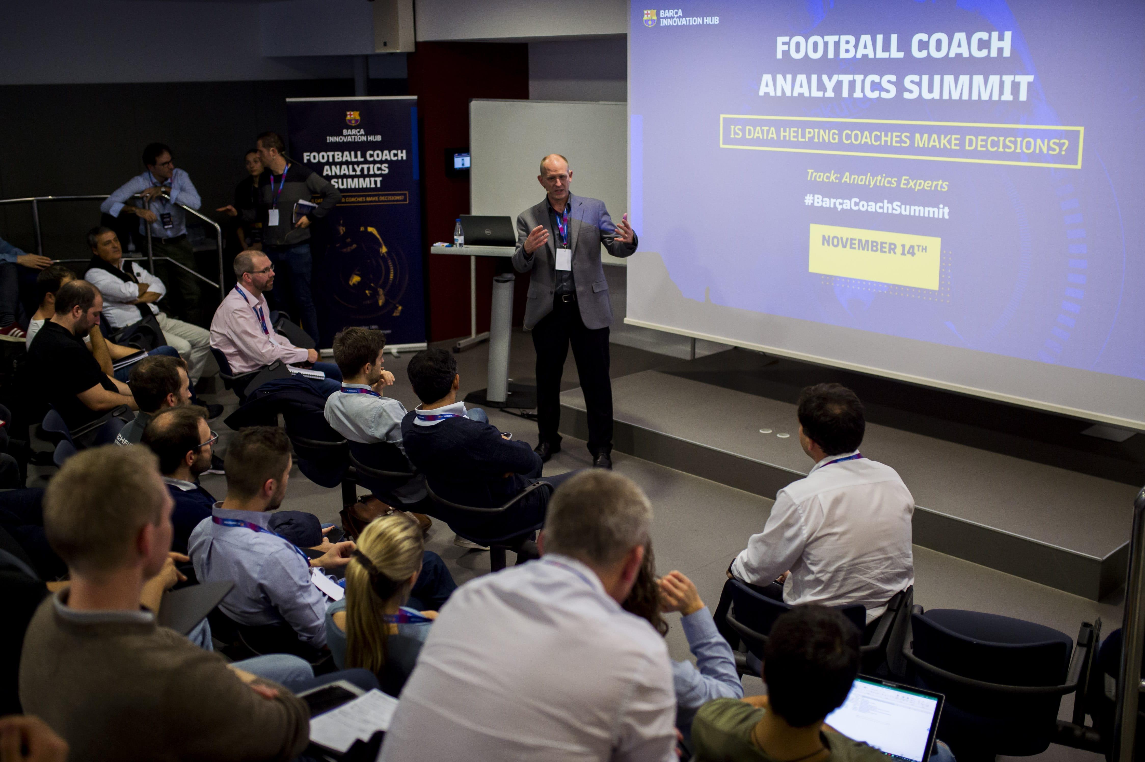 2018-11-14 FOOTBALL COACH ANALYTICS SUMMIT 105-min - Barça