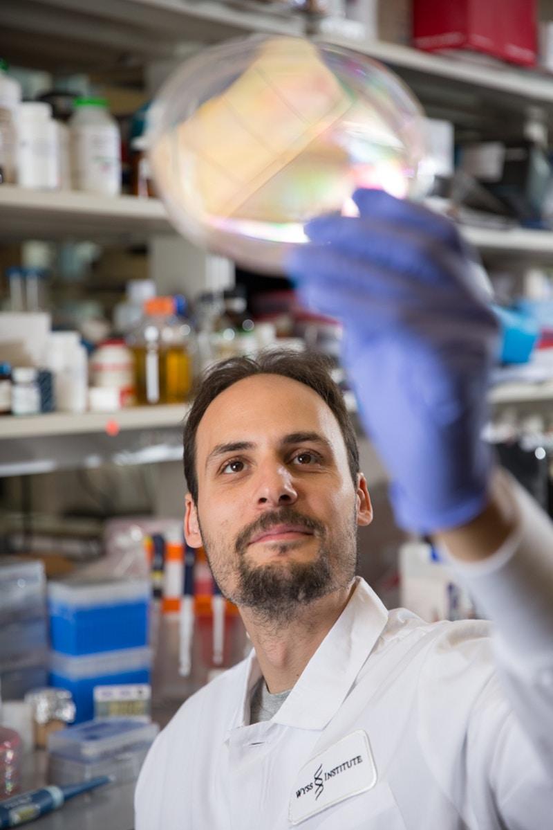 Picture: Wyss Institute researcher Jonathan Scheiman