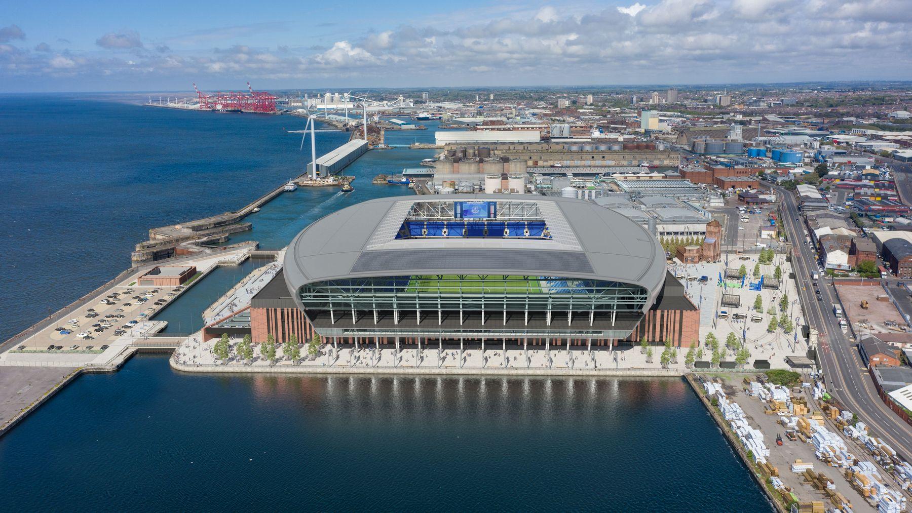 Estadios metropolitanos: La Roma y Barmley-Moore